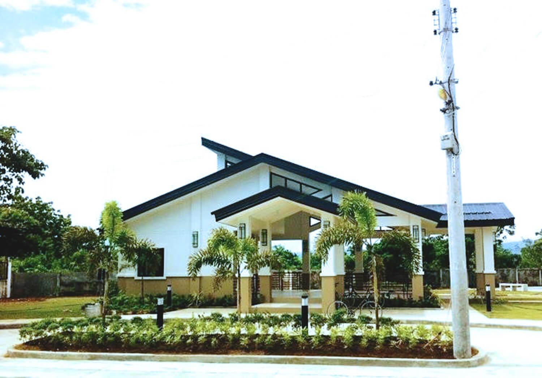 Cebu - Clubhouse