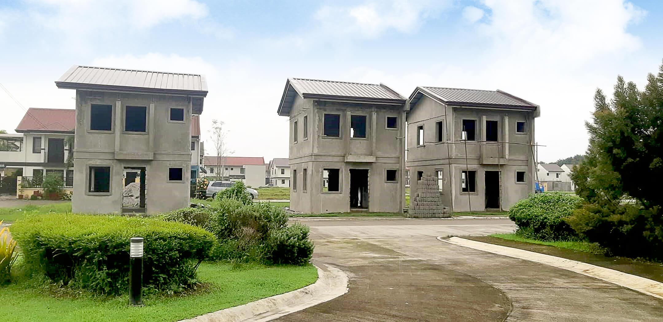 Pampanga - model houses