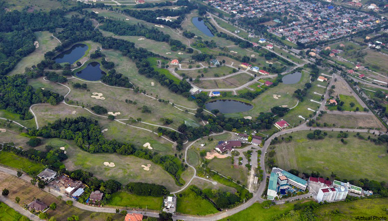 Top view of Pueblo de Oro Golf Estates, Philippines