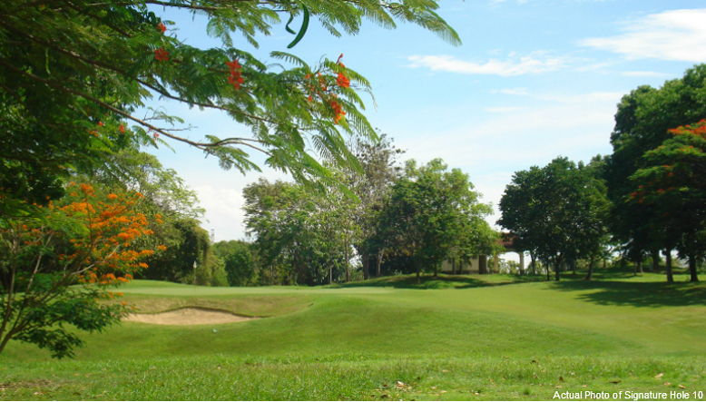 Wide shot of a golf course at Golf Estates in Cagayan de Oro